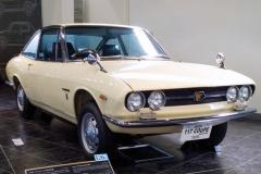 1968年発売の117クーペ