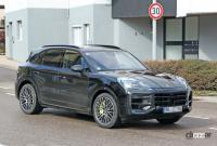 この囲いの中に911風ギアシフターが…ポルシェ カイエン改良型、デジタル化が加速 - Porsche Cayenne facelift 7
