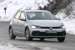 VW ポロ_003