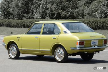 1970年発売の2代カローラ(リア)