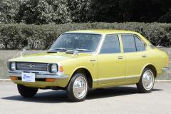 1970年発売の2代カローラ