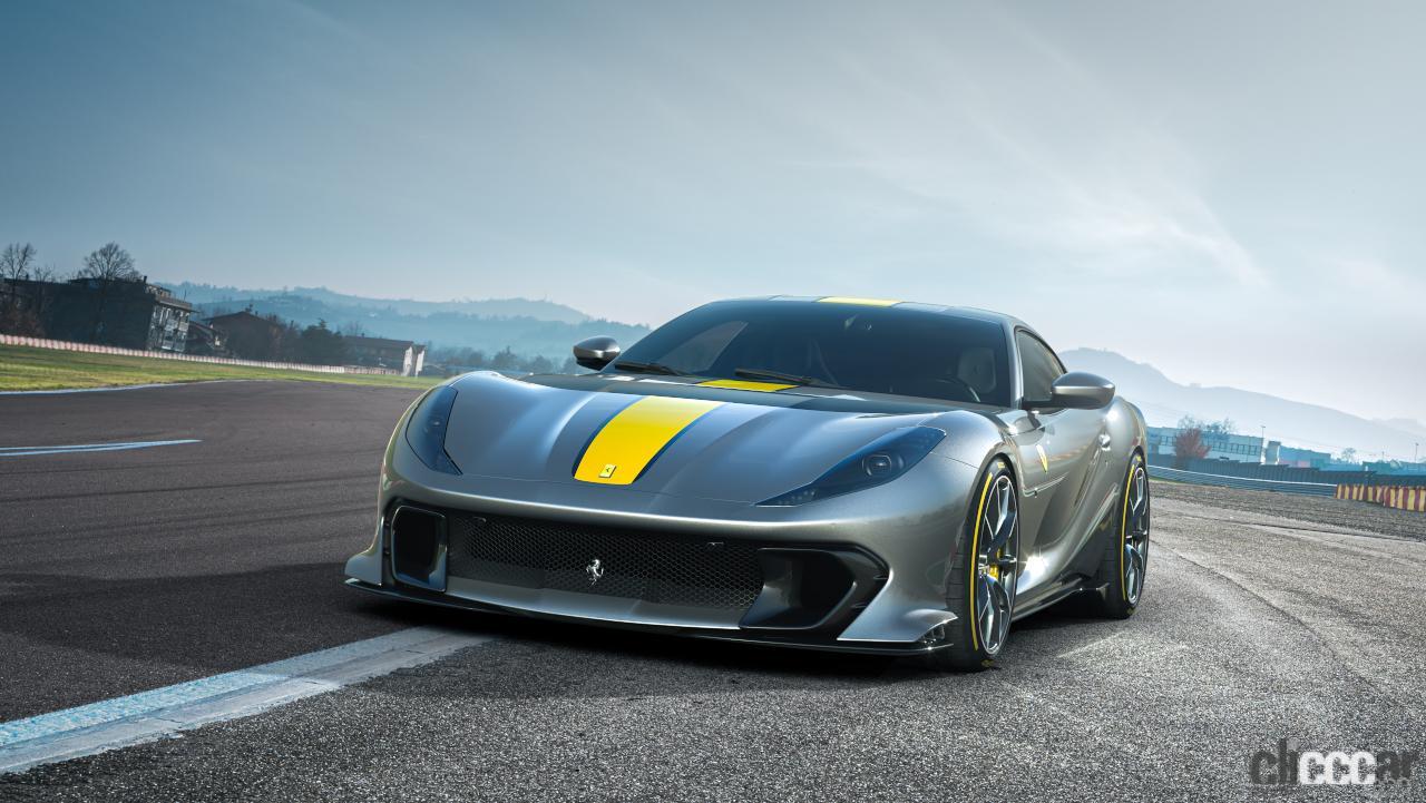 V12エンジン搭載の新スペシャルモデル・812コンペティツィオーネを発表!価格は約6545万円から【新車発表・フェラーリ】