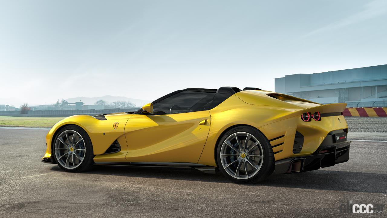 「V12エンジン搭載の新スペシャルモデル・812コンペティツィオーネを発表!価格は約6545万円から【新車発表・フェラーリ】」の7枚目の画像