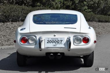 1967年発売のトヨタ2000GT(リア)