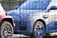 車内もチラっ! マセラティ新型コンパクトSUV「グレカーレ」、市販型を鮮明にキャッチ! - Maserati Grecale 4