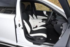 LS500hFスポーツフロントシート