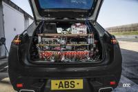 ポルシェ・マカン次世代モデルは電気自動車とエンジン車の二本立て - prototypes of the all-electric Macan