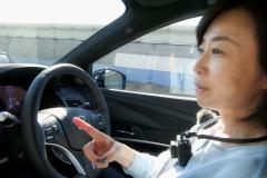 飯田裕子さんがホンダレベル3を体験