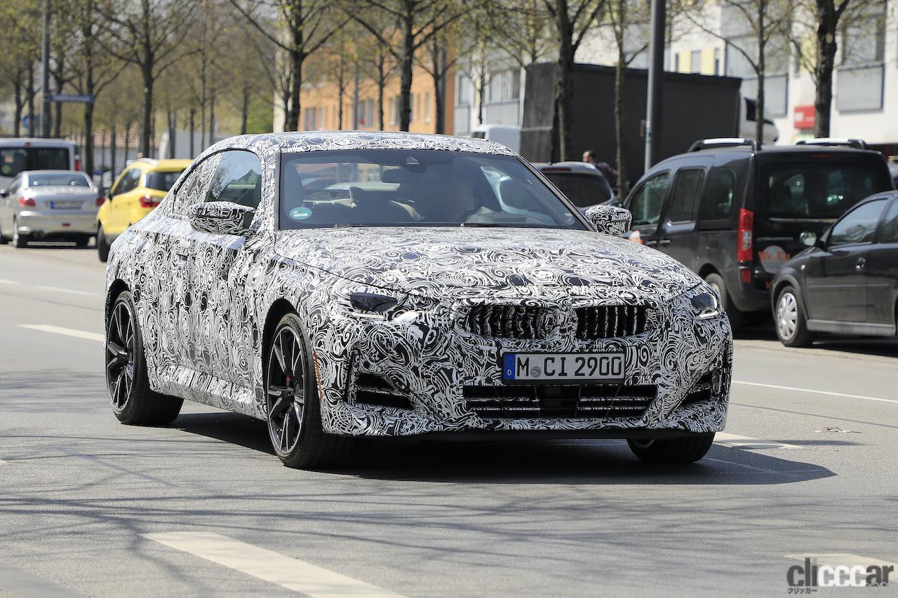 「筋肉質のボディ見えた! BMW 2シリーズこれが最終デザインだ」の1枚目の画像
