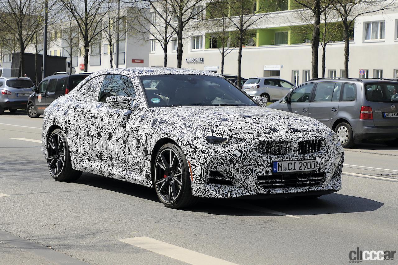 「筋肉質のボディ見えた! BMW 2シリーズこれが最終デザインだ」の2枚目の画像