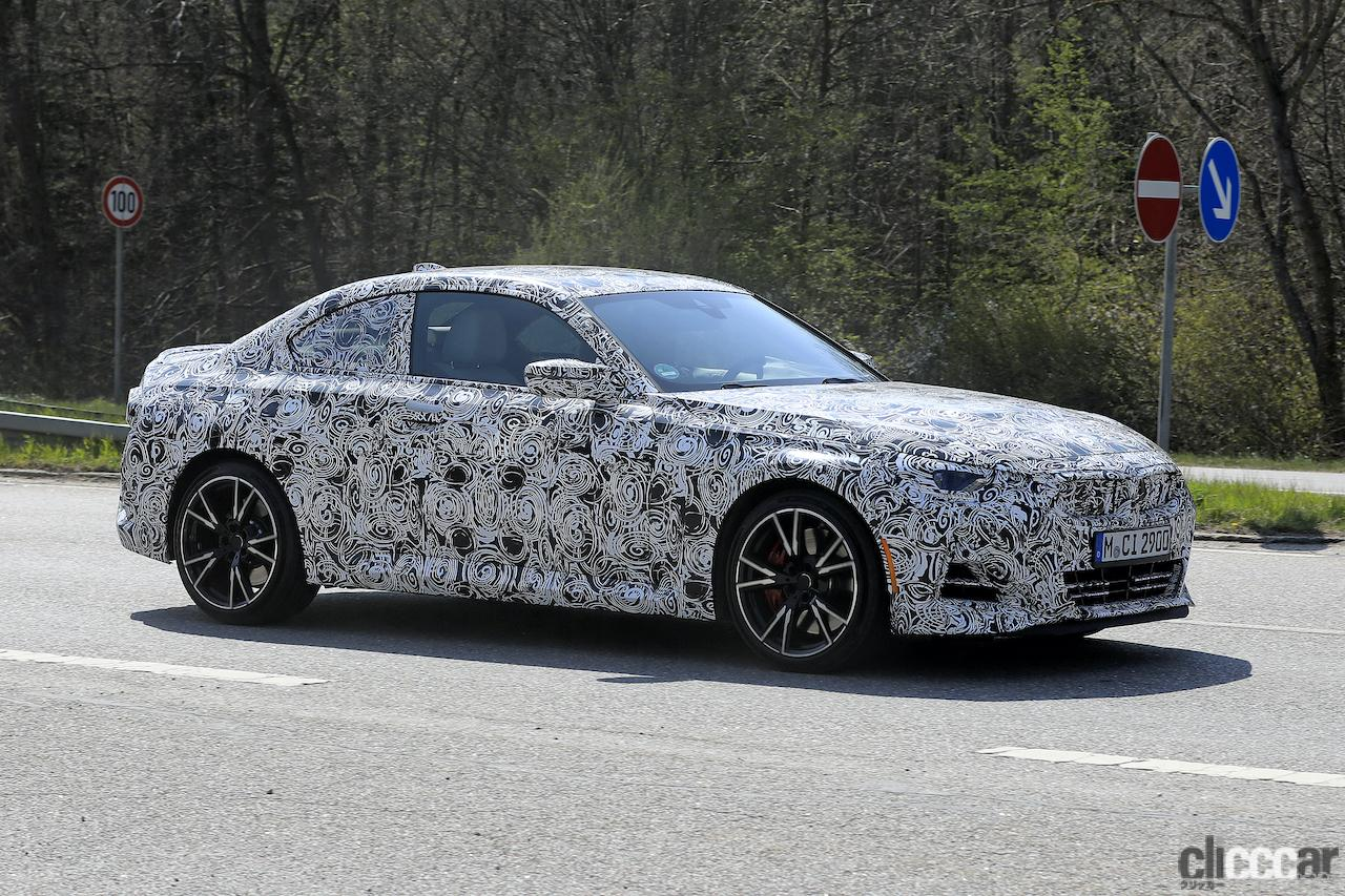 「筋肉質のボディ見えた! BMW 2シリーズこれが最終デザインだ」の10枚目の画像