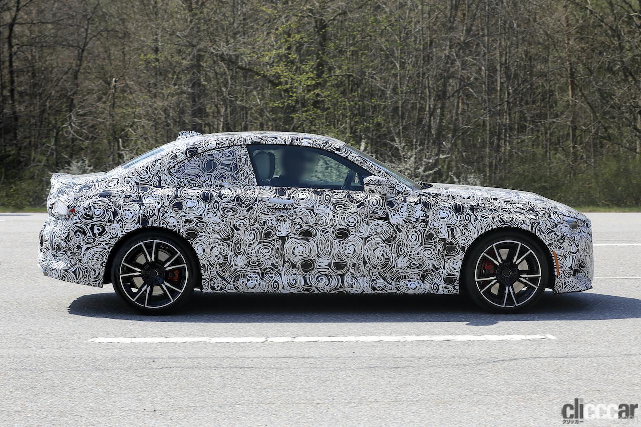「筋肉質のボディ見えた! BMW 2シリーズこれが最終デザインだ」の11枚目の画像