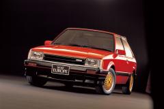 1984年発売ファミリアターボ