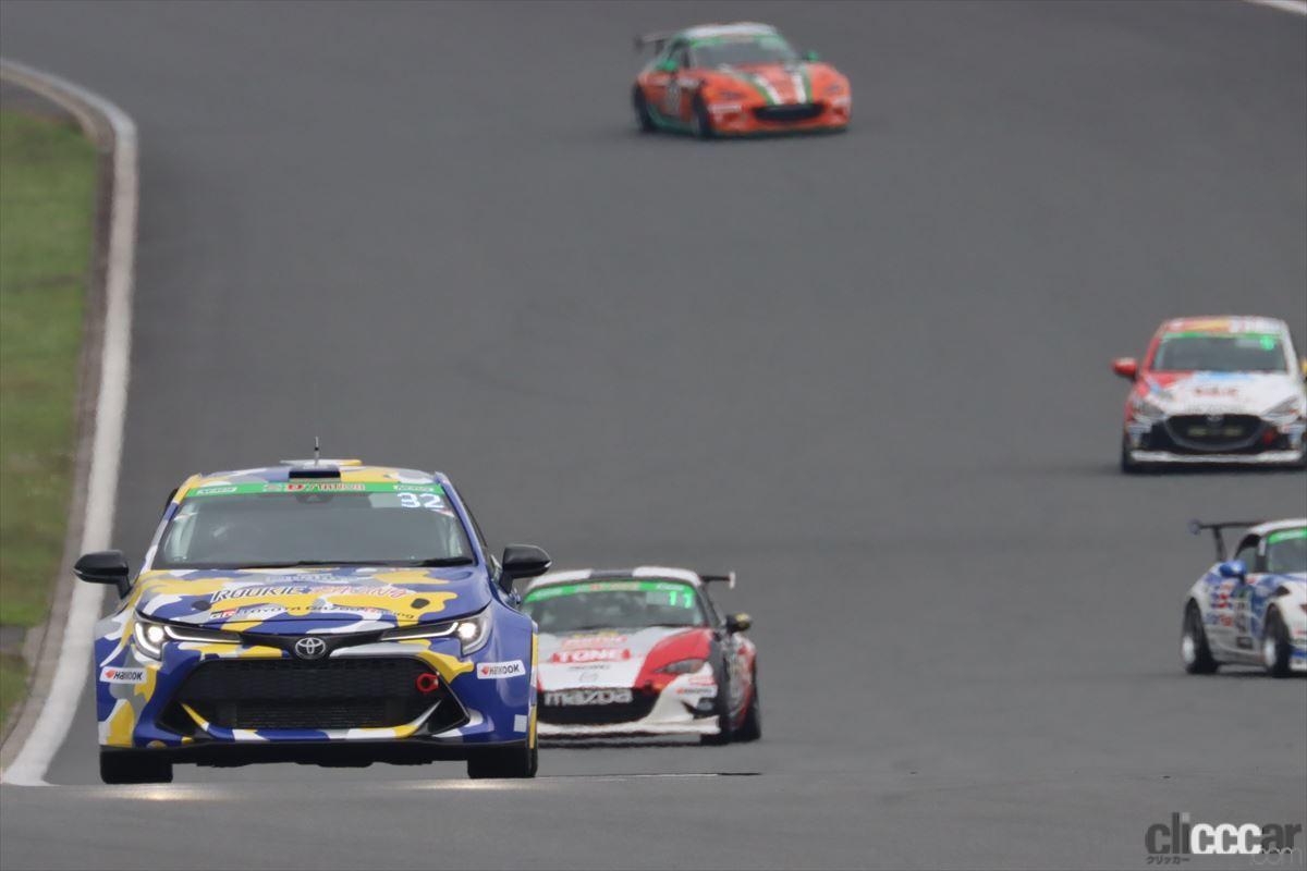 「水素エンジン、斯く戦えり。世界初の水素エンジンレーシングカーでトヨタの社長がレースを走った【スーパー耐久2021】」の1枚目の画像