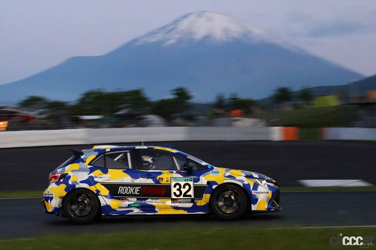 「水素エンジン、斯く戦えり。世界初の水素エンジンレーシングカーでトヨタの社長がレースを走った【スーパー耐久2021】」の16枚目の画像