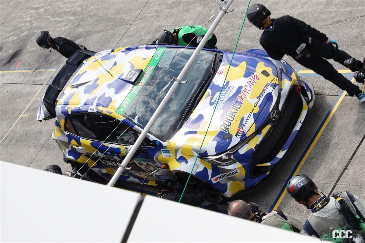 「水素エンジン、斯く戦えり。世界初の水素エンジンレーシングカーでトヨタの社長がレースを走った【スーパー耐久2021】」の21枚目の画像