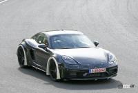ポルシェ噂の新型ミッドシップスポーツカー、開発車両をキャッチ! - Porsche Cayman based mule 9