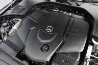 新型ベンツ Sクラスは、4WSの採用でボディサイズを感じさせないハンドリングを誇る - MY21MBS400d_0008
