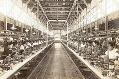 製糸工場(引用:須坂市HP)