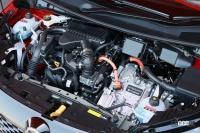 次世代電動4WDを設定する「日産ノート・オーラ」の走りは、速くて静かな大人のプレミアムコンパクトにふさわしい仕上がり - NISSAN_NOTE_AURA_20210614_8