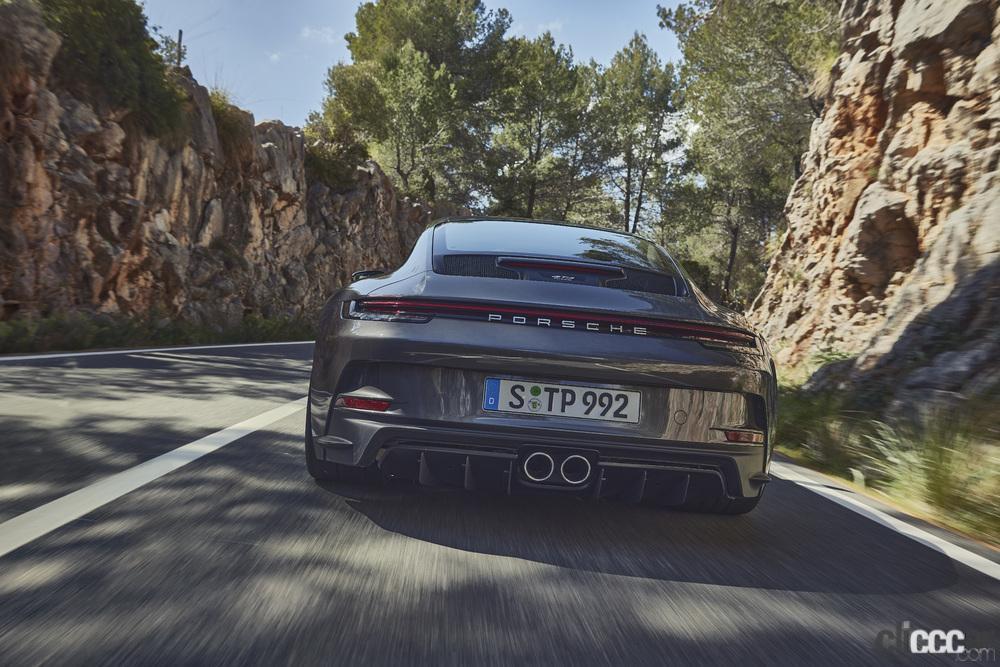 「ポルシェ911ファン待望の新型「911 GT3ツーリングパッケージ」の予約受注がスタート」の1枚目の画像