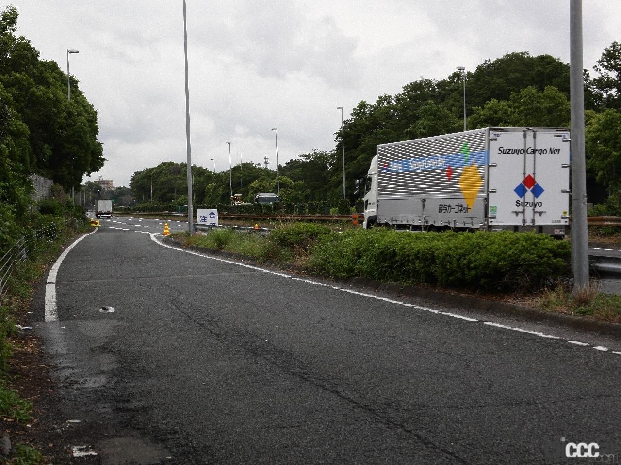 「日本の高速道路はたった4つ? 高速道路と自動車専用道路は違っていた!」の2枚目の画像