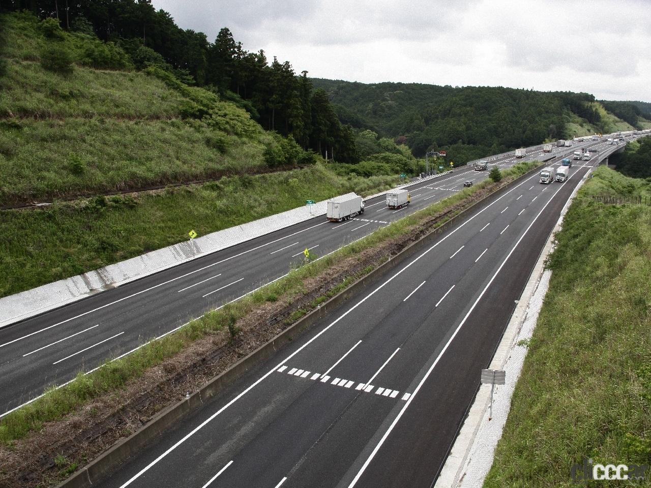 「日本の高速道路はたった4つ? 高速道路と自動車専用道路は違っていた!」の5枚目の画像