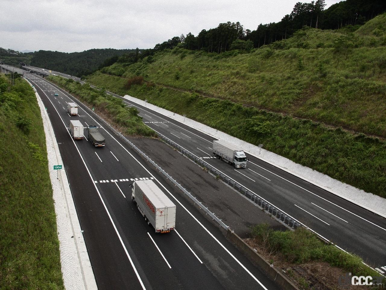 「日本の高速道路はたった4つ? 高速道路と自動車専用道路は違っていた!」の6枚目の画像
