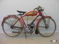 海外バイクメーカーの歩み概説:ダイムラーが発明した2輪車が進化しながら欧州と米国で発展【バイク用語辞典:バイクメーカーの歴史編】 - 1946年クチョロ-エンジン (C)Creative Commons