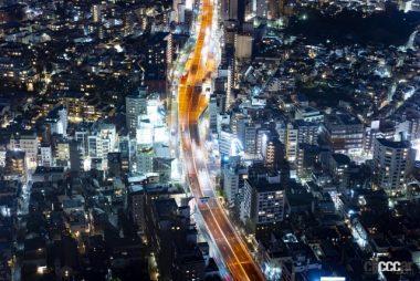 夜間の首都高速