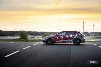 魅せたドリフト!アウディ「RS3」次期型、最高速は290km/h - 2022-Audi-RS-3-Sneak-Preview-011