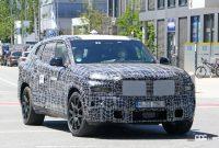 BMW新型フルサイズ・クロスオーバーSUV「X8/XM」、アグレッシブな排気口は本物か!? - BMW X8 3