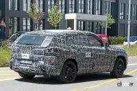 BMW新型フルサイズ・クロスオーバーSUV「X8/XM」、アグレッシブな排気口は本物か!? - BMW X8 9