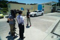 【速報】トヨタMIRAIの満タン水素で1040.5km走破!燃費は197km/kg!!日本チームが仏の世界一記録を更新 - スタート地点のいわき水素ステーションではNHKや地元放送局の取材がありました