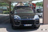 ポルシェ カイエン改良型、最新世代インフォテイメントディスプレイをさらに大型化へ! - Porsche Cayenne Facelift 5
