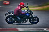 自由度MAXのピュアスポーツ!ヤマハMT-07 ABSは「バイクらしさ」を体で感じるハンドリングマシン - '21YamahaMT-0231
