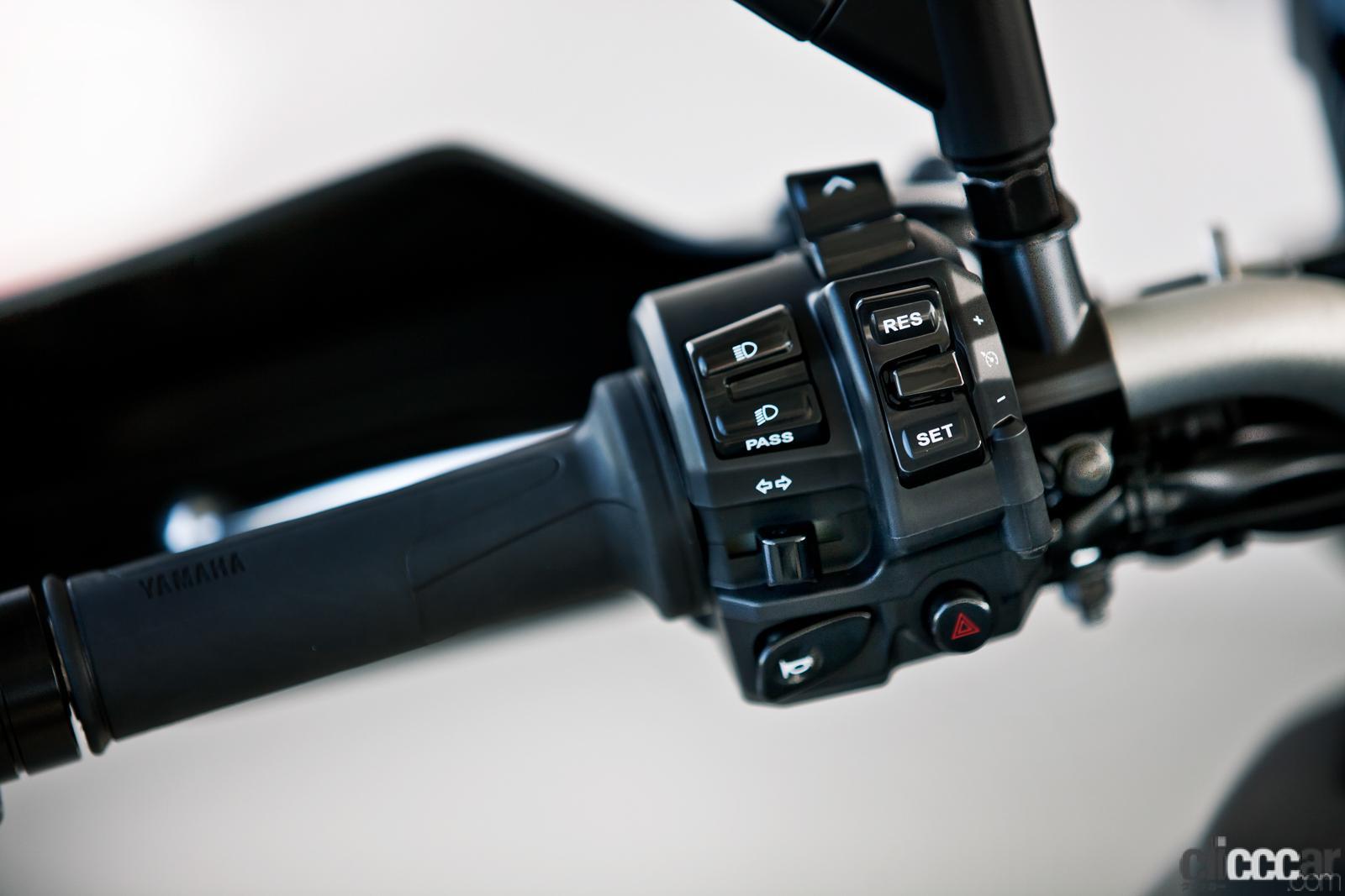 「何キロでも走れる超快適仕様! ヤマハTRACER9 GT ABSは電子制御の恩恵をフルに体感できる高性能スポーツツアラー」の13枚目の画像