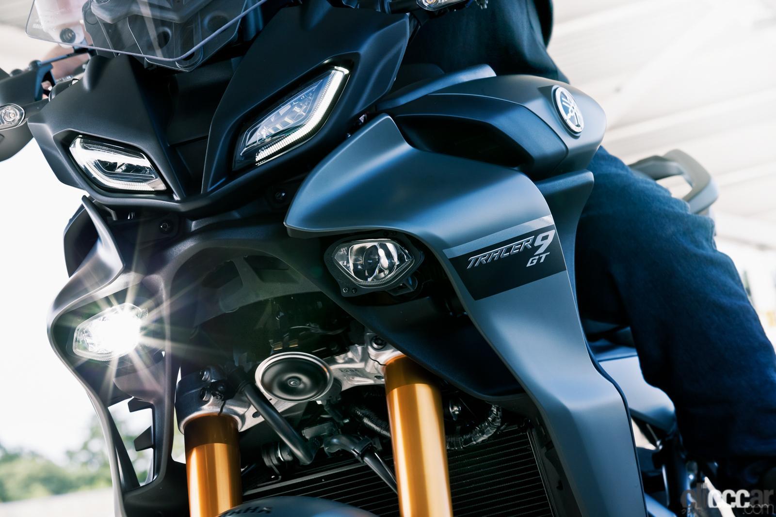 「何キロでも走れる超快適仕様! ヤマハTRACER9 GT ABSは電子制御の恩恵をフルに体感できる高性能スポーツツアラー」の16枚目の画像