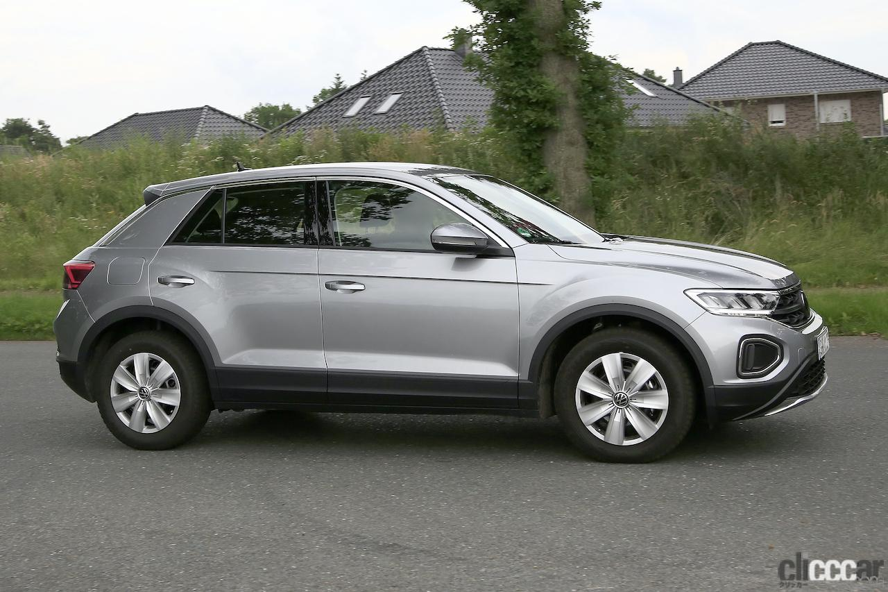 「フロントフェイスを刷新!VW T-Roc改良型プロトタイプをキャッチ」の5枚目の画像