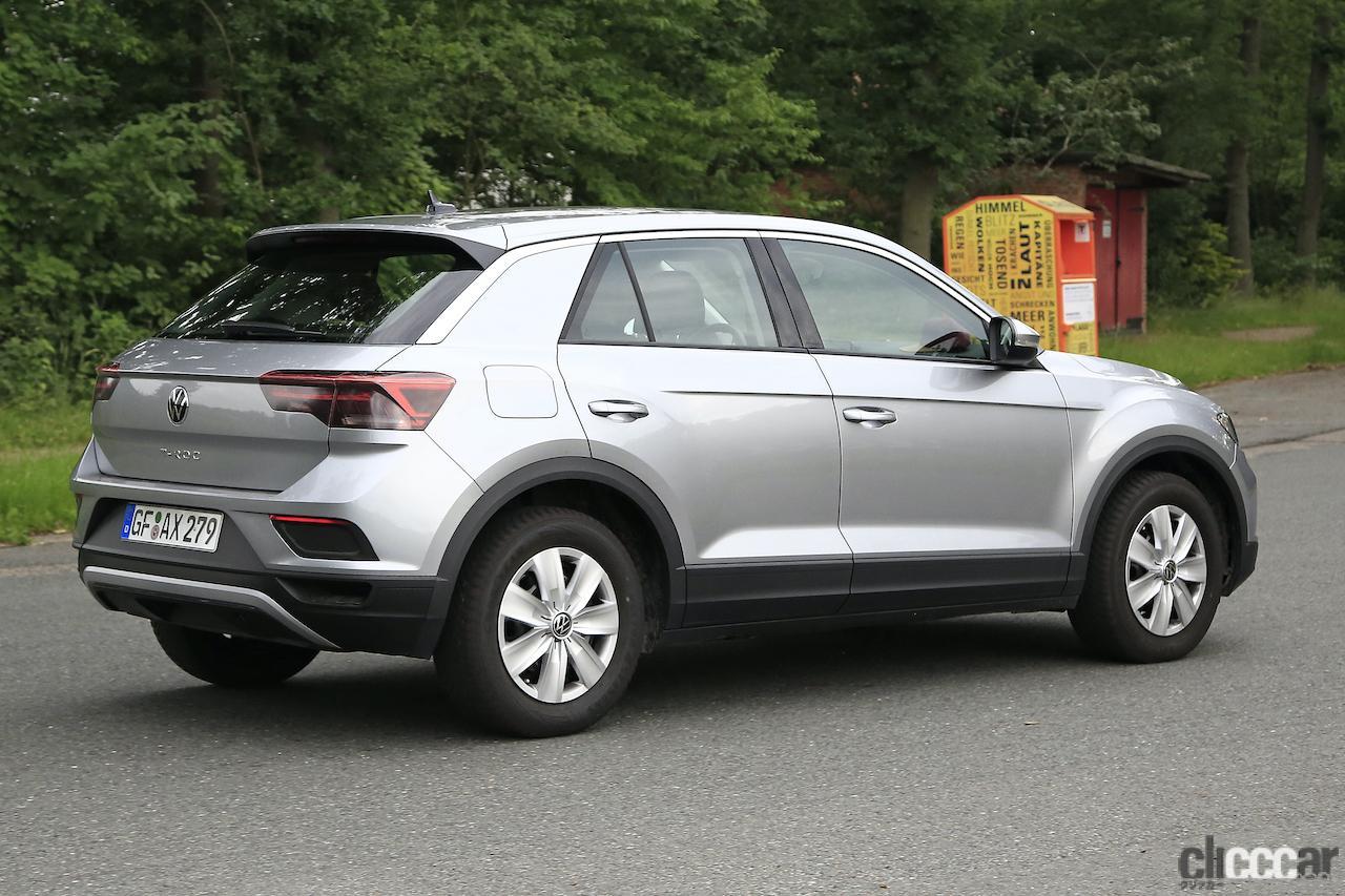 「フロントフェイスを刷新!VW T-Roc改良型プロトタイプをキャッチ」の7枚目の画像