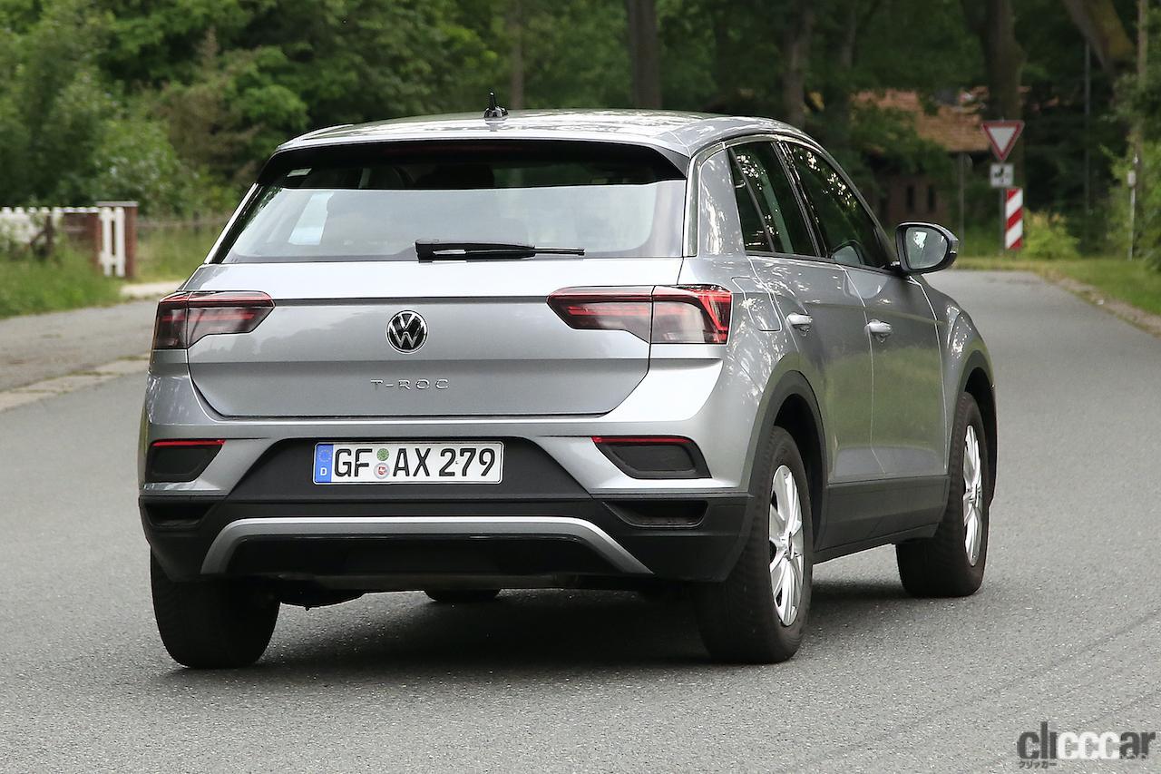「フロントフェイスを刷新!VW T-Roc改良型プロトタイプをキャッチ」の10枚目の画像