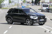 メルセデス・ベンツ GLE改良型を初キャッチ。前後デザインが進化! - Spy shot of secretly tested future car
