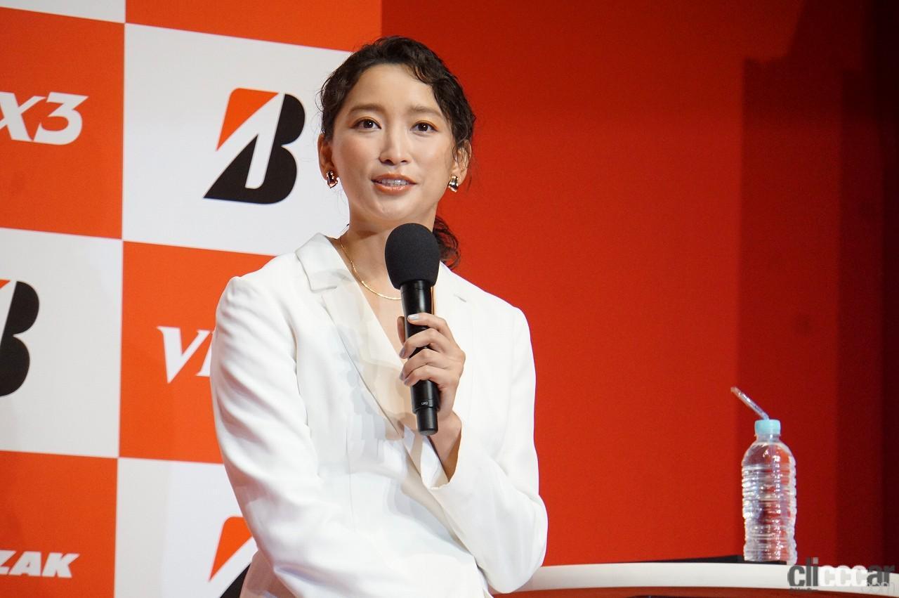 「ブリヂストンの新作スタッドレス「ブリザックVRX3」発表会で杏さんが語った新たな挑戦とは?」の3枚目の画像
