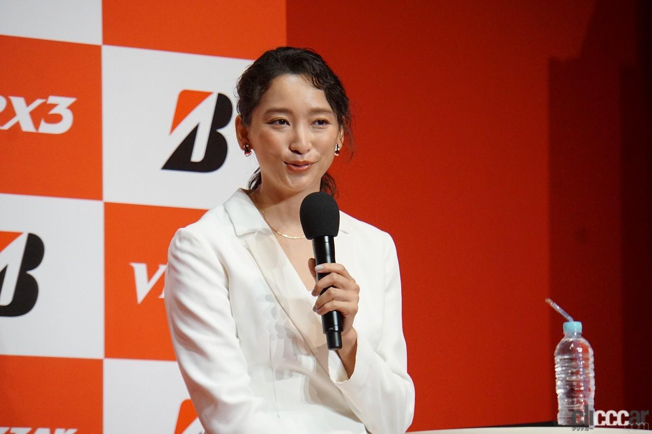「ブリヂストンの新作スタッドレス「ブリザックVRX3」発表会で杏さんが語った新たな挑戦とは?」の4枚目の画像