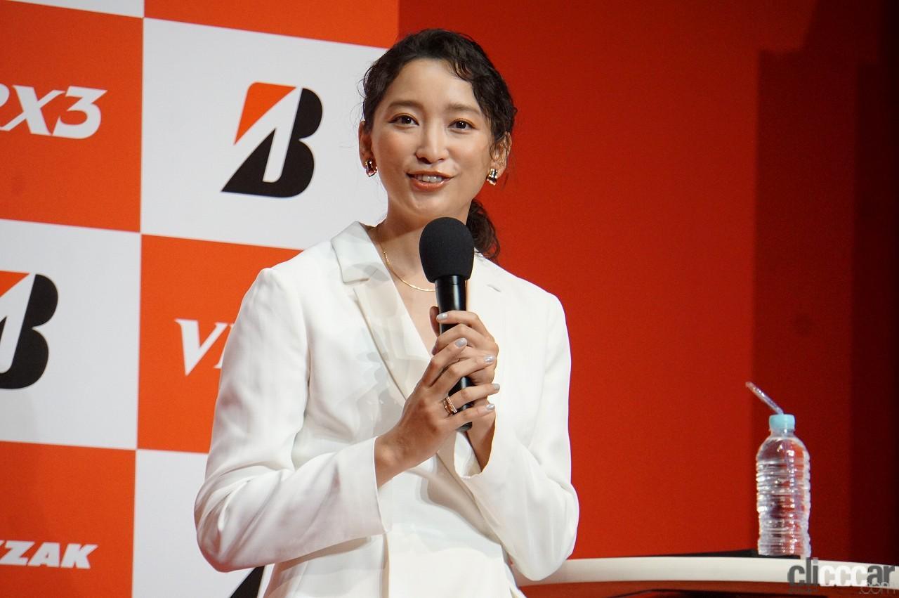 「ブリヂストンの新作スタッドレス「ブリザックVRX3」発表会で杏さんが語った新たな挑戦とは?」の6枚目の画像