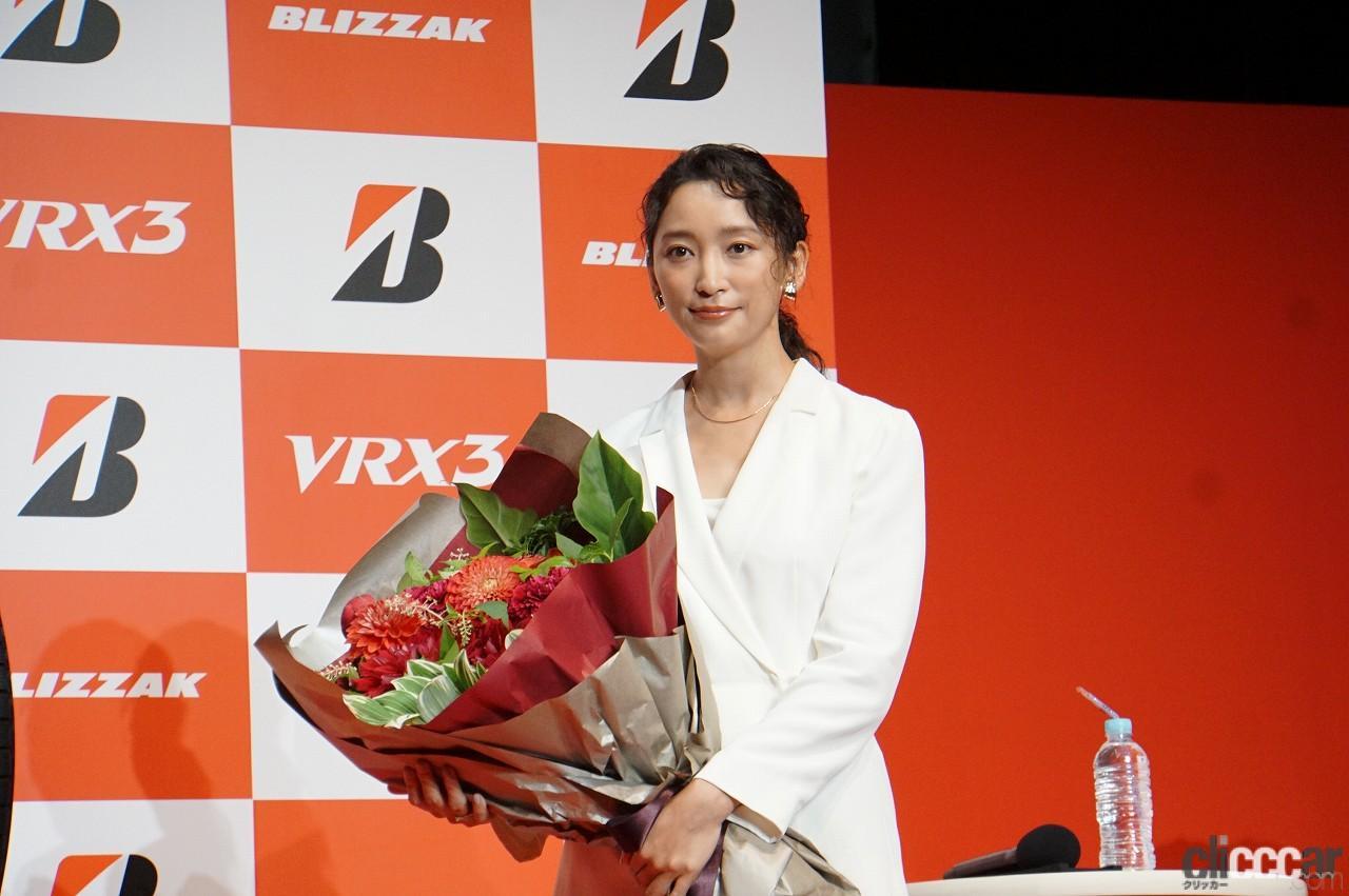 「ブリヂストンの新作スタッドレス「ブリザックVRX3」発表会で杏さんが語った新たな挑戦とは?」の12枚目の画像