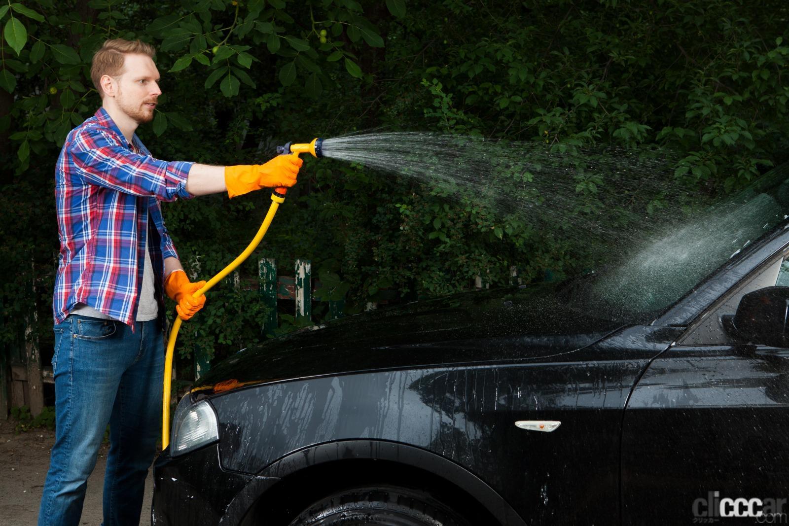 「約5分で快適! 炎天下に駐車後、すぐに車内を冷やす「エアコン」の正しい使い方」の8枚目の画像