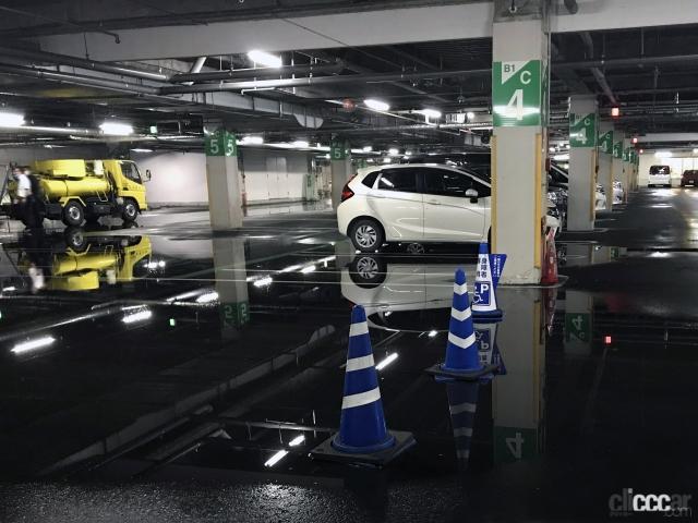 「ゲリラ豪雨(局地的大雨)でクルマが水没した損害は自動車保険・車両保険で補償されるか? 調べてみた!」の3枚目の画像