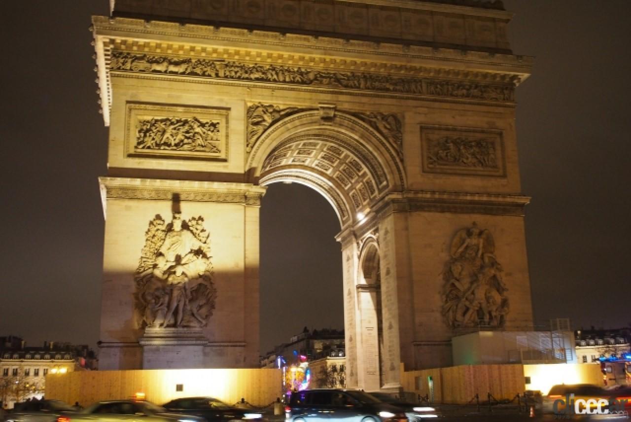 「パリの象徴が完成/アマチュア無線の日/日産ムラーノ予約開始!【今日は何の日?7月29日】」の2枚目の画像