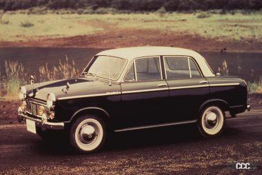 1959年発売の初代ブルーバード